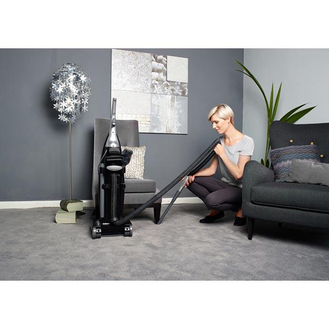 Upright vacuum cleaners PU71/EN01001
