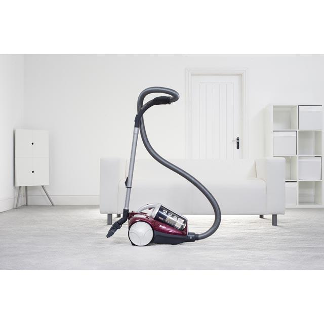Cylinder vacuum cleaners RU70_RU17001